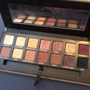 Anastasia Beverly Hills soft glam pallete